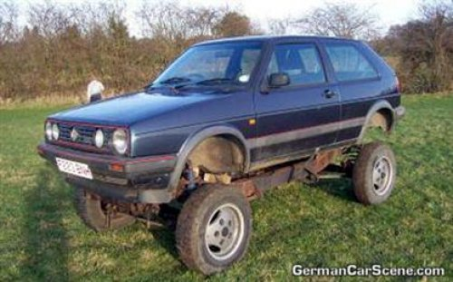 VW Golf Rover V8