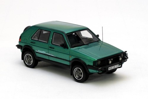 VW Golf Country im Modell