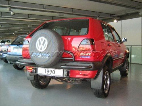 VW Golf Country in der Autostadt in Wolfsburg (2)